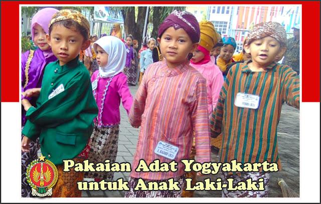 Gambar Pakaian Adat Yogyakarta untuk Anak Laki-Laki