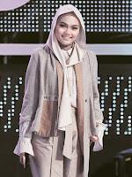 Penyebab Rina Nose Buka Hijab