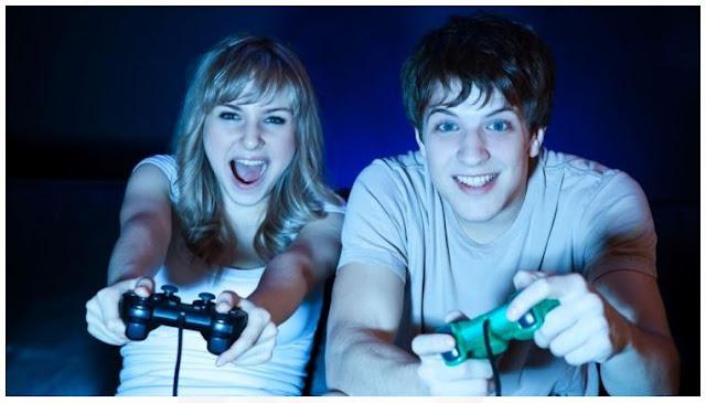 5 Keuntungan Punya Pacar Seorang Gamer