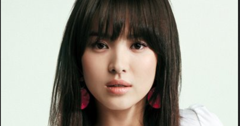 25 Rambut Pendek Wanita Wajah Lonjong Ide Baru