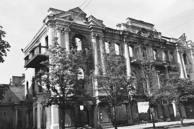 руины здания на улице Городецкого