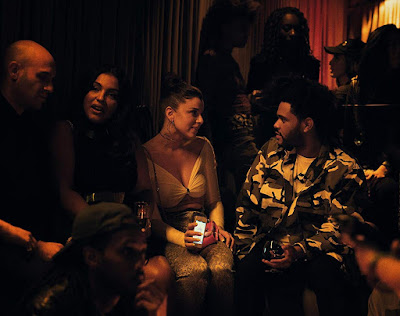 "Julia (Julia Fox) meets up with rapper The Weeknd in a New York club in the movie ""Uncut Gems."""