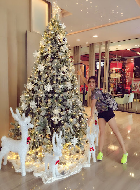 Actress Neha sharma Wishing you all a Merry Christmas