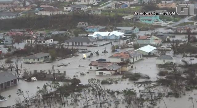 Destruição do furacão Dorian em Bahamas
