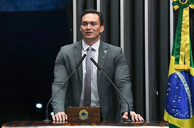 """Senador lamenta que presos do RN não morram de Covid: """"Não gosto de vagabundo"""""""