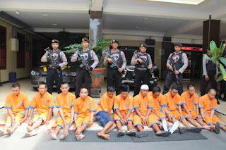 Ops Sikat Semeru 2019, Tim Cobra Polres Lumajang  Amankan 12 tersangka, 60 Ranmor , Senpi dan Sajam