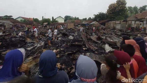 350 Kios Ludes dalam Kebakaran di Pasar Kepohbaru Bojonegoro
