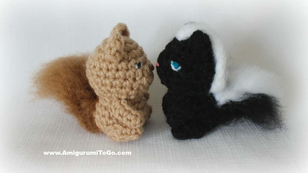 Stinky the Tiny Skunk ~ Amigurumi To Go