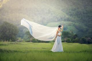 Dresses for girls 18-25 - fashion Designer Dress buy online