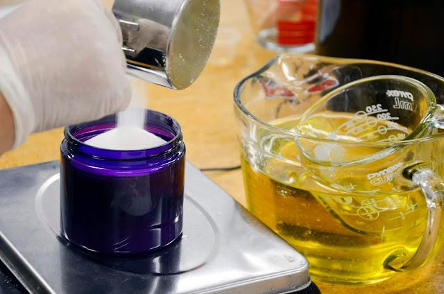 Handmade Lavender Sugar Scrub by Pelindaba Lavender with Organic Lavender Essential Oil