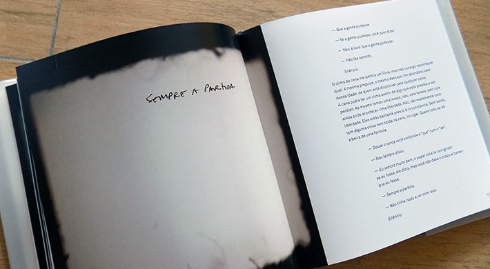 Resenha: Dupla Exposição, de Paloma Vidal e fotografias de Elisa Pessoa, selo Anfiteatro (Editora Rocco)