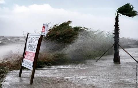 Тропический шторм «Салли»