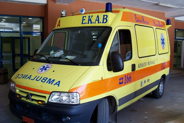 Η ΠΟΕΔΗΝ καταγγέλλει ότι ένα ασθενοφόρο του ΕΚΑΒ... έπαθε βλάβη!