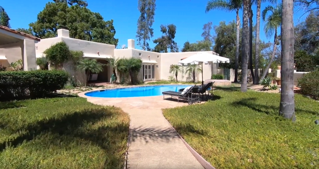 9 Photos vs. 6368 La Valle Plateada, Rancho Santa Fe, CA vs. Home Interior Design Tour