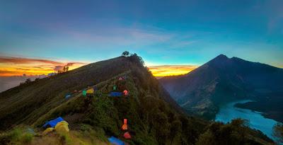 Plawangan Senaru Crater 2641 meters Mt Rinjani