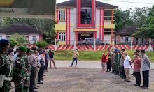 Kodim Sintang gelar Apel Gabungan Penyekatan Mudik di Kecamatan Sepauk