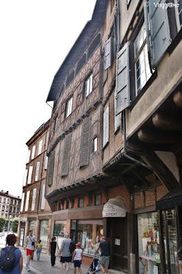 Edifici a graticcio nel centro della città