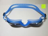 oben: »Barracuda« Schwimmbrille, 100% UV-Schutz + Antibeschlag. Starkes Silikonband + stabile Box. TOP-MARKEN-QUALITÄT! Große Farbauswahl.