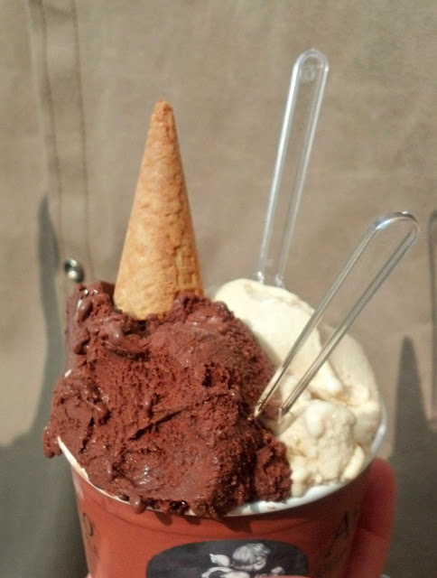 Must do in Paris: Have Gelato...Amorino Gelato