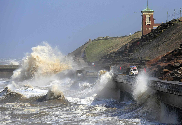 Gale Force Winds In Britain