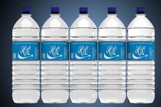 Template mockup label botol air psd siap edit - kanalmu