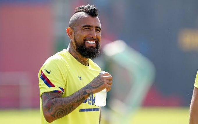 Barcelona midfielder Vidal willing to play for Juventus boss Pirlo if he calls