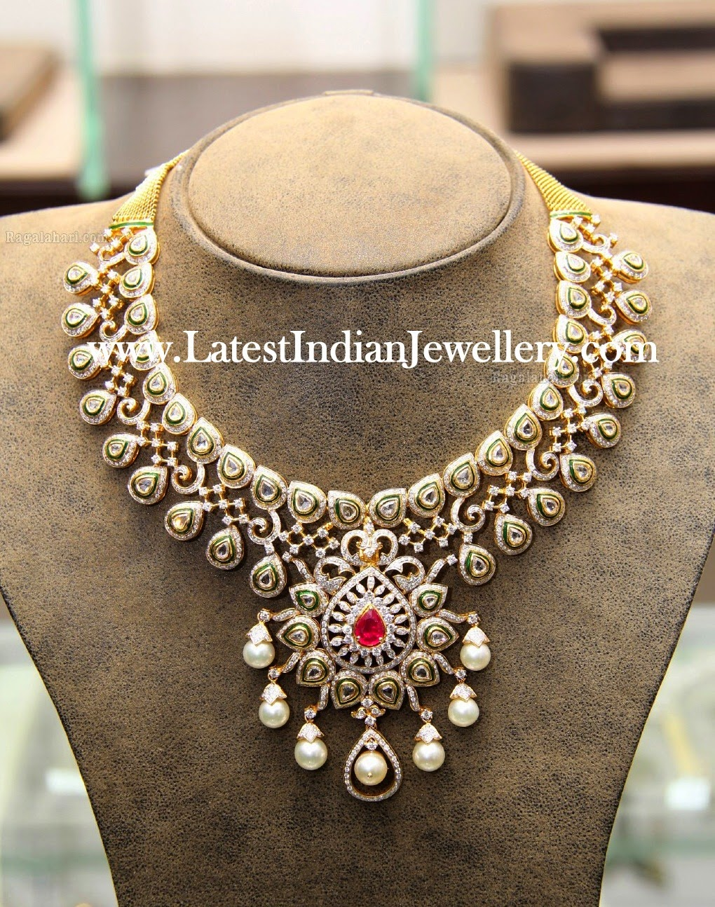 Hiya Indian Diamond Necklace