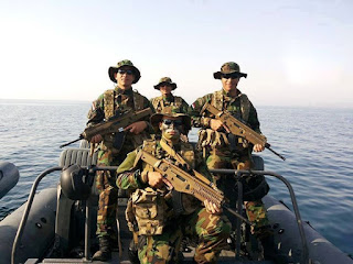 Egyptian navy special forces with Beretta ARX-160 rifles