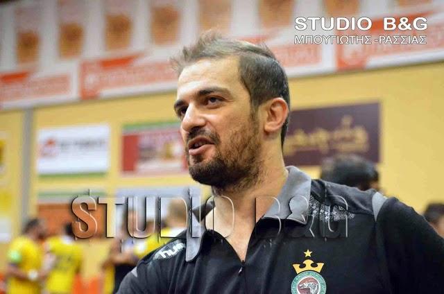 Ο Δημήτρης Δημητρούλιας προπονητής στην ομάδα χάντμπολ της ΑΕΚ