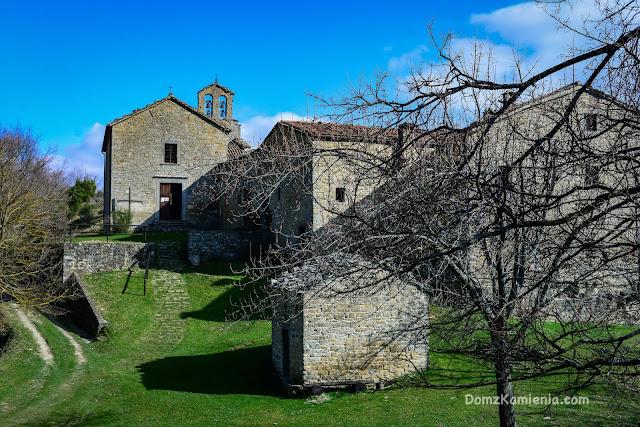 Gamogna Marradi, trekking Dom z Kamienia