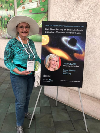 Resident Astronomer Peggy ready for the first plenary session at AAS 235th meeting (Source: Palmia Observatory)