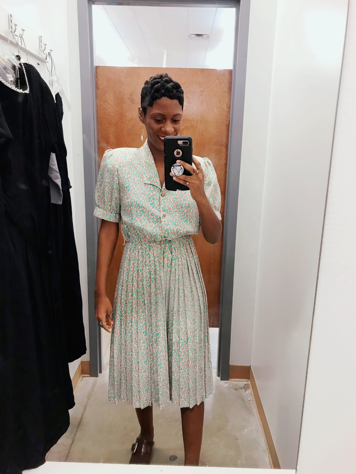 3 Dresses To Restyle From The Shreveport Louisiana Thrift Stores + Dressing Room Try ON Haul!