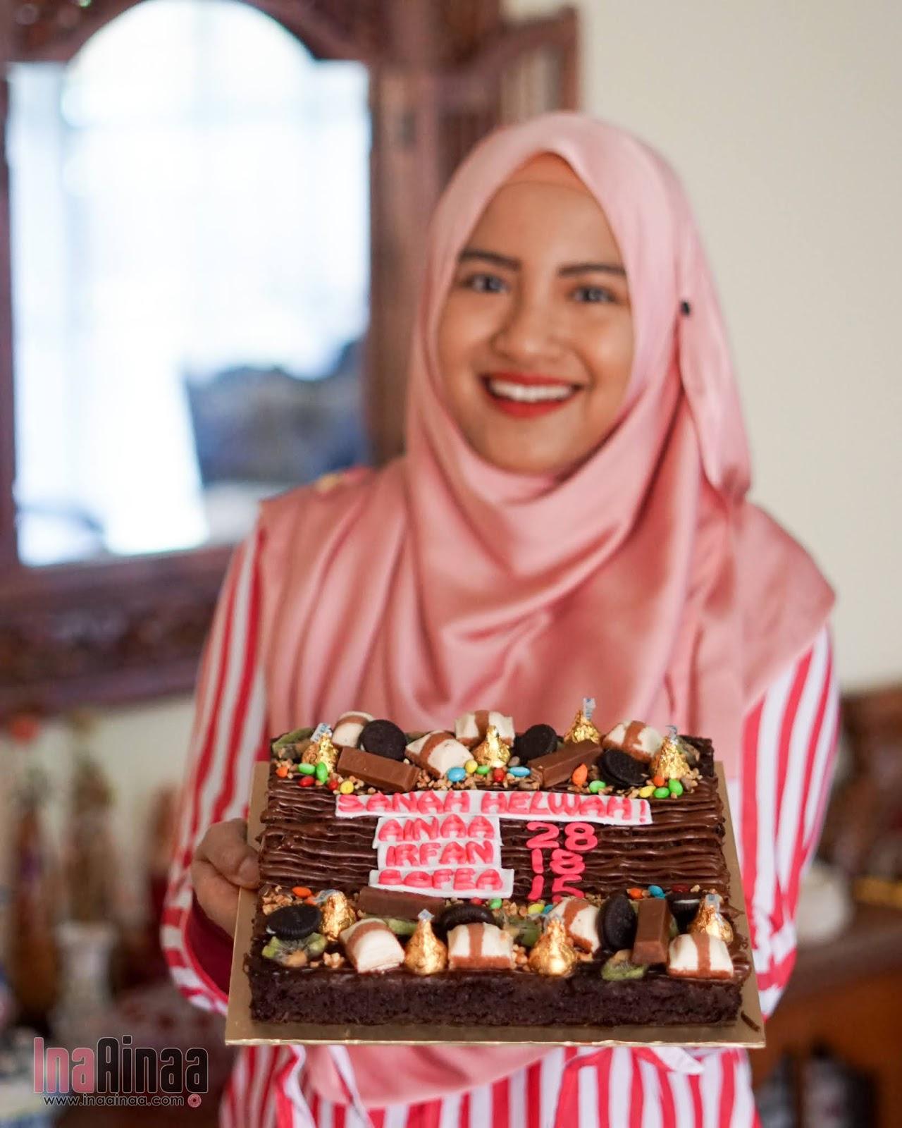 THE CAKES ZONE - Hak Milik Ina Ainaa