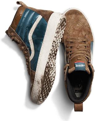 736c7fb1aa O rápido crescimento da marca nos anos seguintes se deveu também a  diversificação de sua linha de calçados