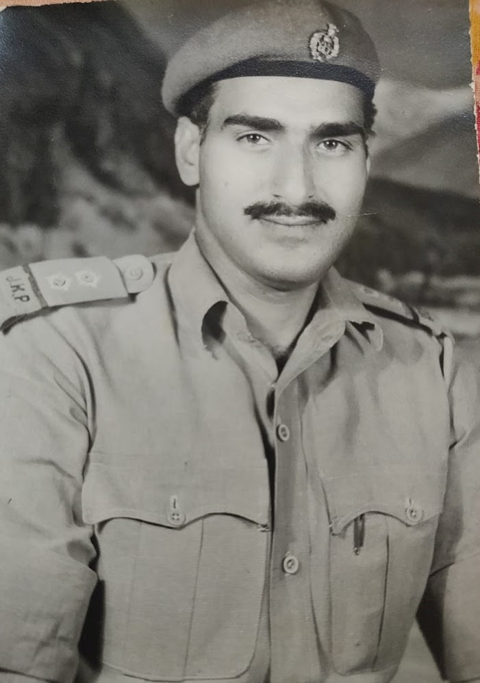 CHUNI LAL SHALLA - A BRAVE PATRIOTIC JAMMU AND KASHMIR POLICE INSPECTOR WHO WAS KILLED FOR HIS SERVICE TO NATION | DR. SUSHMA SHALLA KOUL