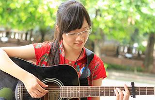 Khóa dạy học đàn guitar đệm hát tại TPHCM
