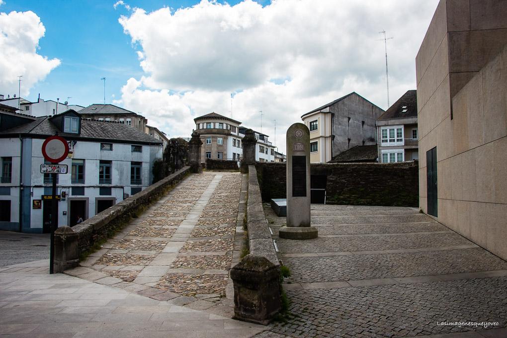 Lugo, murallas, catedral y monumentos