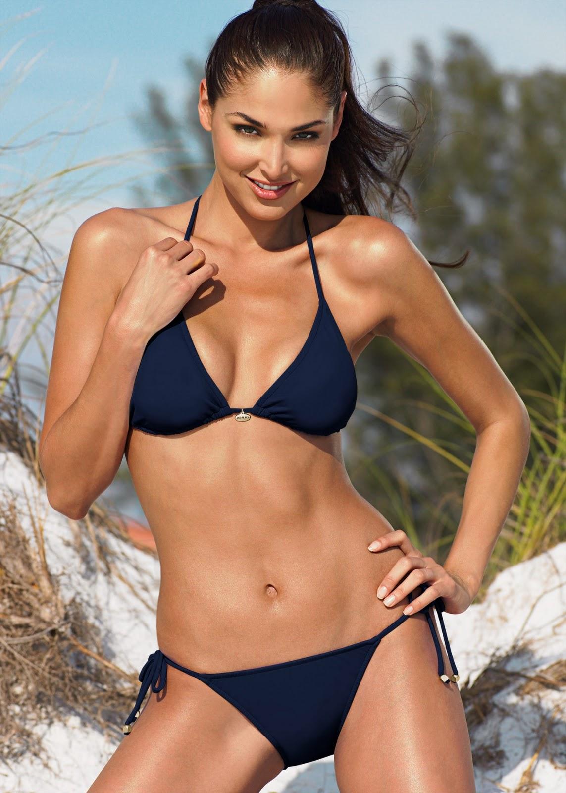 Porque El Amor Manda Blanca Soto Posa En Bikini Para