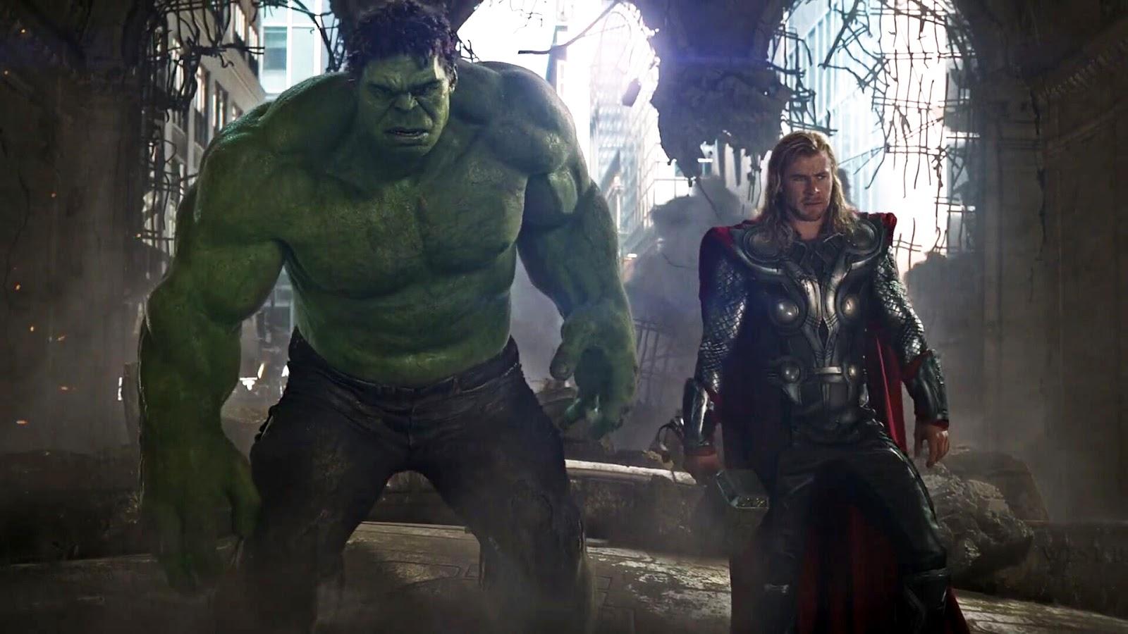 The Similarities between Avengers Thor and Endgame Cap :「アベンジャーズ」の第1作めの雷神ソーと「エンドゲーム」のキャプテン・アメリカのムジョルニアを使ったバトルの殺陣は同じ ! ! というマーベル・ファンの鋭い指摘 ! !
