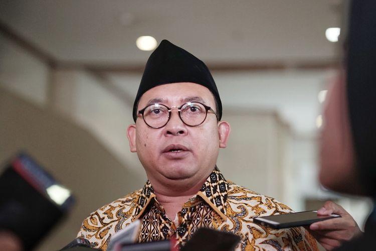 Bukan Munarman, Fadli Zon: Tentu Kita Tahu Siapa yang Disebut Teroris!