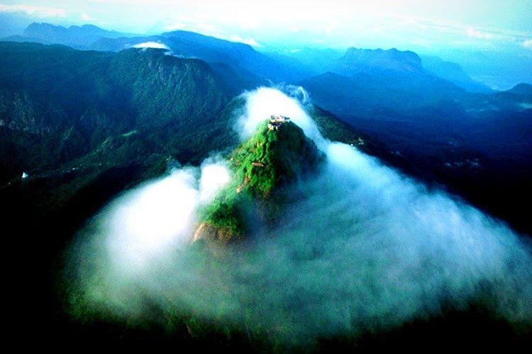Sri Lanka adem tepesi, kesinlikle gezilecek yerler listesinin en başında olmalıdır.