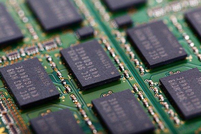 Perbedaan RAM dan ROM Lengkap