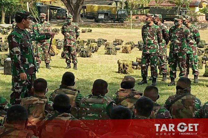 Danrem 081/DSJ Dampingi Pangdam Tinjau Latihan Pratugas Yonif Raider 500 Sikatan