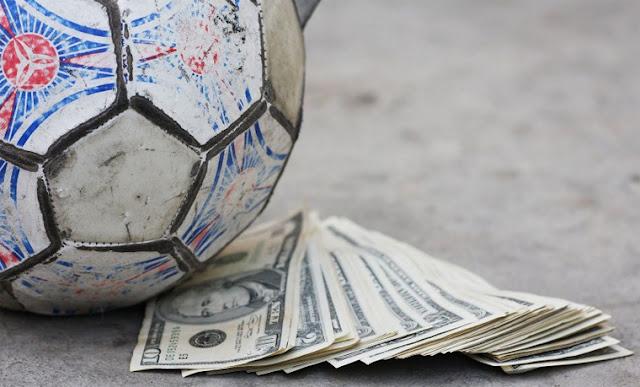 NY Times: расследование УЕФА по нарушению ФФП велось в интересах «ПСЖ»