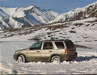 Ford_Escape_2_0_4x4_nieve_profunda