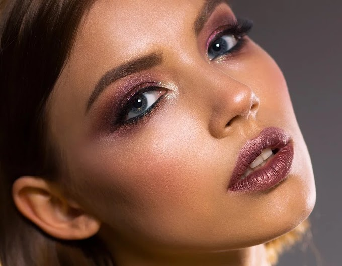 Ojos ahumados en violeta para ojos claros