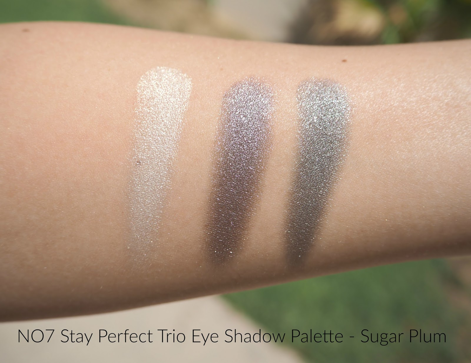No7 Stay Perfect Trio Eye Shadow Palette Sugar Plum Review