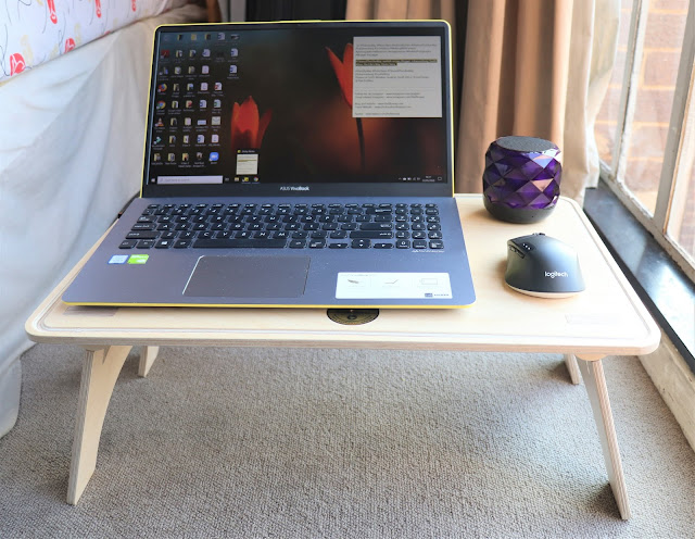 #TheLifesWayReviews @TheDeskStand Wavy Sit-Stand Laptop Bed Table #ProductReview
