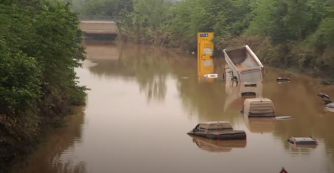 Sale a oltre 150 morti il bilancio dell'alluvione, Germania devastata