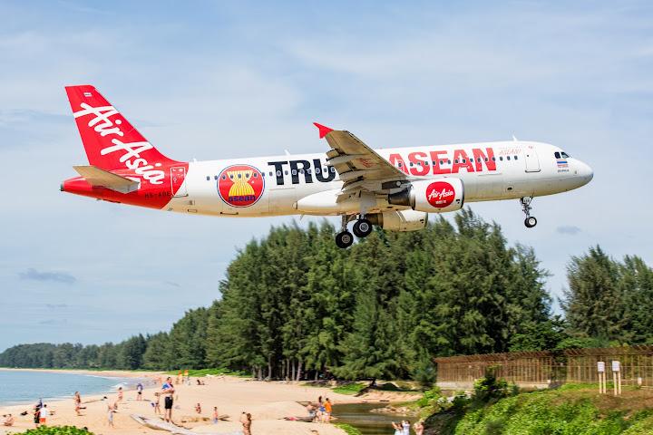 Авиакомпания AirAsia приостанавливает все международные рейсы на 35дней